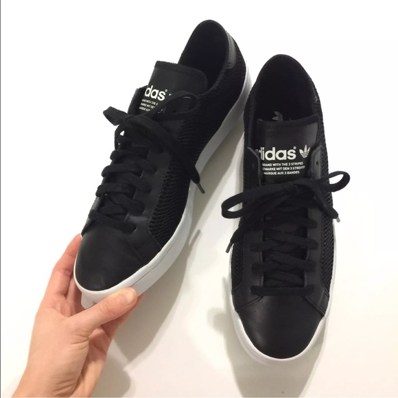 adidas pumps with lace sides