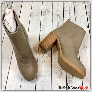 Sole Society Shoes - Brand New-Sole Society Gray Leather Booties-7-1/2
