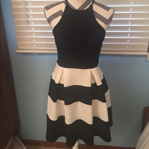 Aqua Dresses & Skirts - Bloomingdales NWOT Size Small Black and White