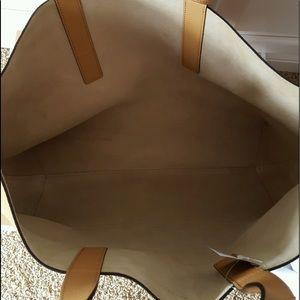 1b3843457920 Michael Kors Bags - NWT Michael Kors Mason Reversible Leather Tote