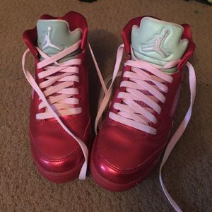 Jordan Shoes - Air Jordan's authentic Valentine's Day addition