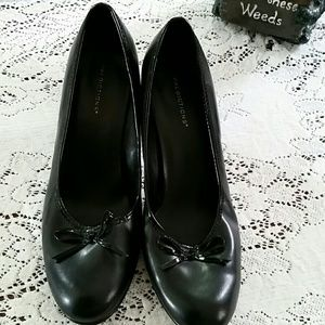 Predictions  Shoes - PREDICTIONS BLACK HEELED SHOES, 9 1/2 WIDE