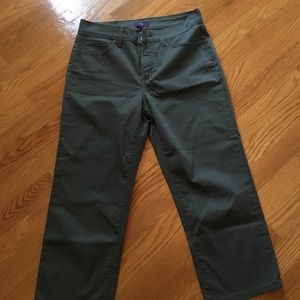 Not Your Daughters Jeans Pants - Nordstrom NYDJ army green capris. SZ 4