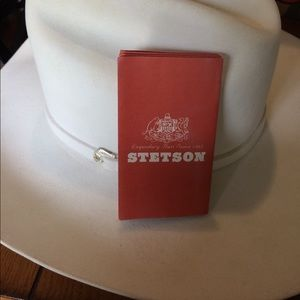 Stetson Accessories - White Stetson Cowgirl Hat Size 7