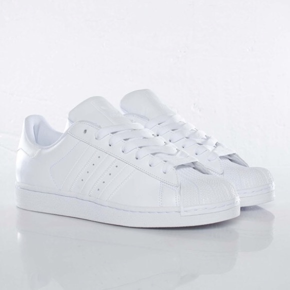 adidas white superstar women