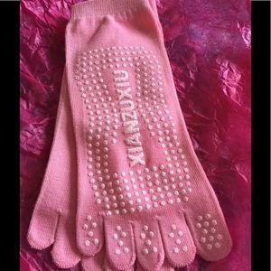 Accessories - Pink toe socks