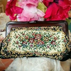 Vintage Handbags - Vintage Tapestry Clutch Purse