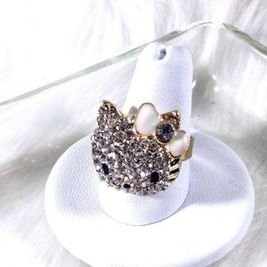 Boutique Jewelry - Glam Rhinestone Pave Hello Kitty Ring