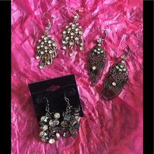 Jewelry - 3 pair of blingy earrings
