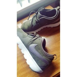 Nike Other - *Final price* Nike sneakers