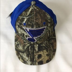 Zephyr Other - St. Louis Blues Mossy Oak embroidered hat new with tags