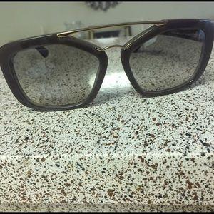 d4ef76629638 Brand New Prada Sunglasses PR 09QS ...