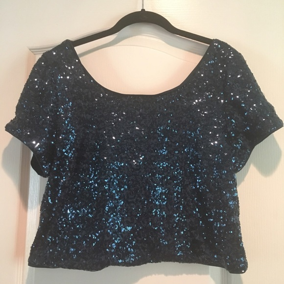 3380ee86bd1 Forever 21 plus sequin top
