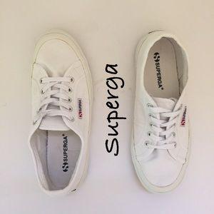 Superga Shoes - Superga Sneaker