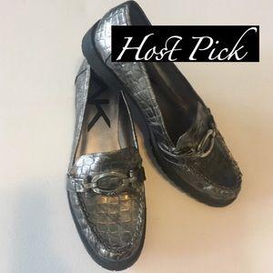 Anne Klein Shoes - NWOT Anne Klein Sport Loafer