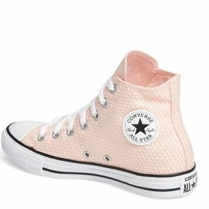 Converse Shoes - SALE❗Converse Chuck Taylor Hi Tops
