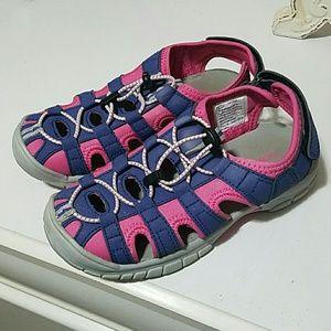 Khombu Other - Girls size 3 sandals