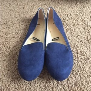 Navy blue (faux) suede shoes 