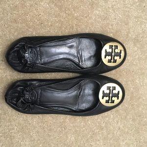 Tory Burch Shoes - Tory Burch Reva Flats In Black