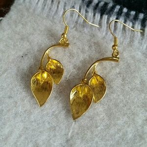 Boho Gypsy Sisters Jewelry - Bright Gold Callah Lily Earrings