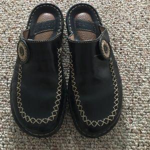 Bjorn Borg Shoes - Born women's black leather clogs size 8/39