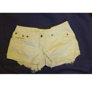 Reign Pants - White reign jean shorts