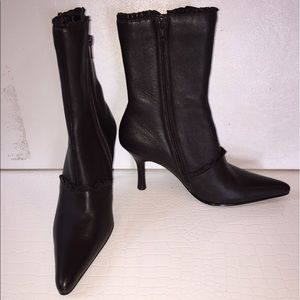 N.Y.L.A. Shoes - Brown N.Y.L.A heeled leather Scarlet boots size 6