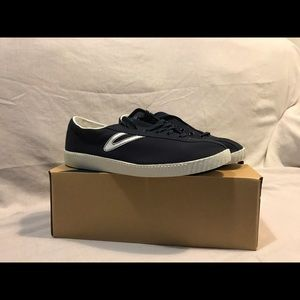 Tretorn Other - Tretron navy blue lace-ups