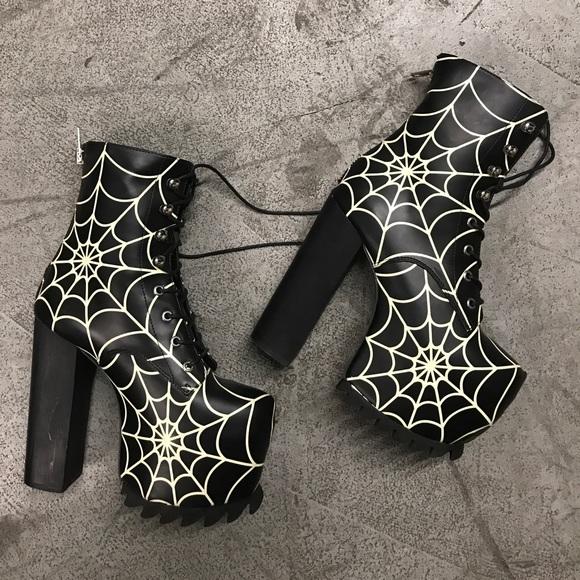 current mood shoes currentmood spider web glow boots 7 unif poshmark