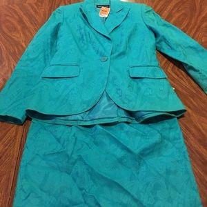 isabel & nina  Other - Beautiful women's turquoise suit