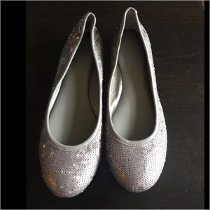 Banana Republic Shoes - Banana Republic gray sequins flats shoes size 6.5