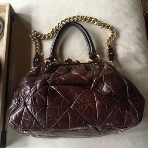 Marc Jacobs Handbags - Marc Jacob's Stam quilted brown leather
