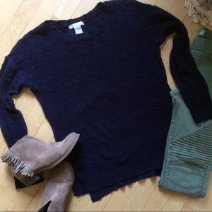Design History Sweaters - Navy blue stripe-ish sweater.