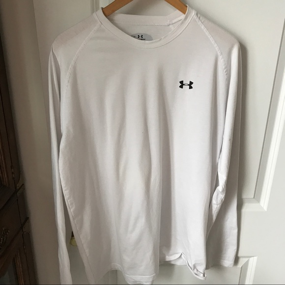 57 Off Under Armour Other Men 39 S Long Sleeved Under