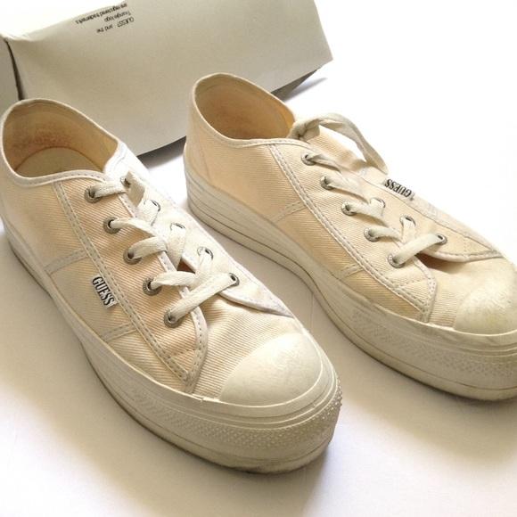 799bab40ebf40 Women's Vintage Guess Platform Canvas Shoes Tennis