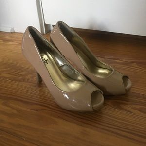 Shoes - Nude open toe heels
