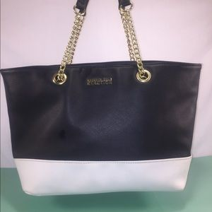 Kenneth Cole Reaction Handbags - KENNETH COLE REACTION Black & White Tote
