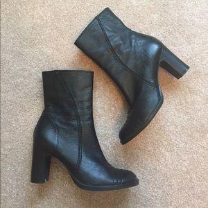 Gianni Bini Shoes - Gianni Bini Black Leather Boots