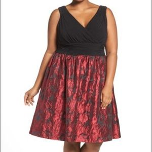 Adrianna Papell Dresses & Skirts - Bring the party on