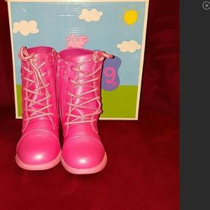 Peppa Pig Other - 🌷🌷Peppa Pig Little Girl Size  13 Boots🌷🌷