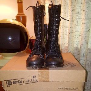 Bed Stu Shoes - Bed Stu Leather Side-Zip Medallion Boots BNIB!!