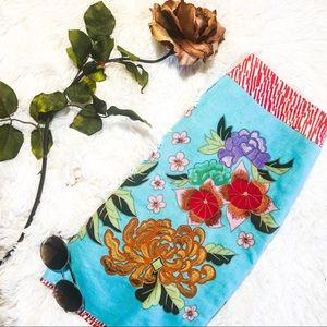 Dresses & Skirts - Embroidered vintage style colorful skirt 2 small