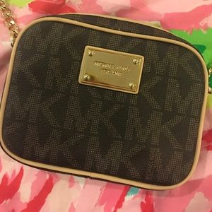 Michael Kors Jet Set Crossbody Mini-Bag NWOT