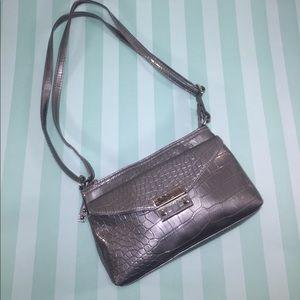 Rosetti Handbags - ROSETTI Silver Croc Embossed Metallic Swingpack