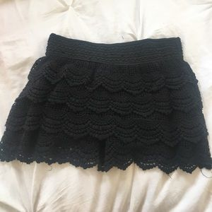 Day & Night Pants - NWOT Lace Black shorts