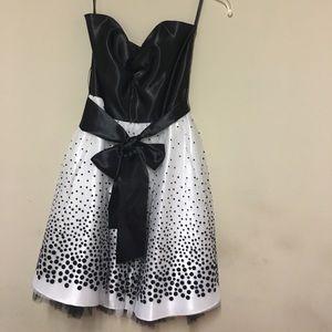 Jessica McClintock Dresses & Skirts - Jessica McClintock Prom Dress
