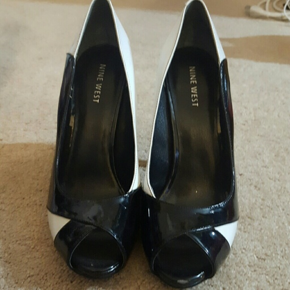 56 nine west shoes nine west black and white heels
