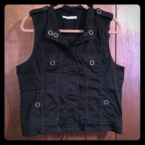 Maurice's Black Vest With snap detail LIKE NEW!