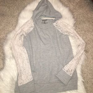 Other - Little girls gray sweater size 10/12