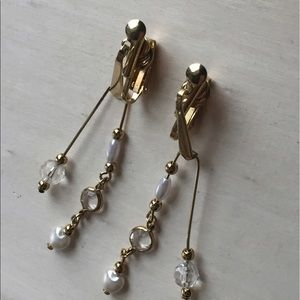 Jewelry - Awesome Vintage Crystal Faux Pearl Dangle Earrings